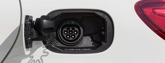 mercedes-benz-classe-b-electric-drive-ricarica