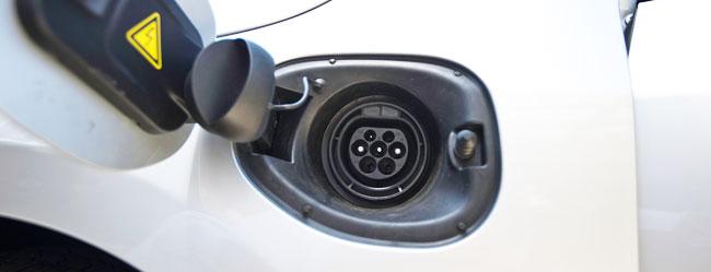 volvo-v60-plug-in-hybrid-ricarica