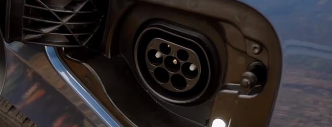 skoda-OCTAVIA-iV-Plug-in-Hybrid-ricarica